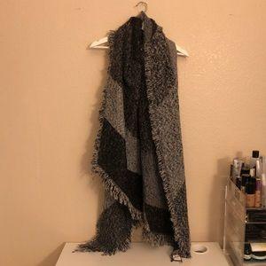 Lulu's Blanket Scarf